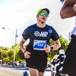 Mismo ritmo en maratón y media maratón: qué está pasando